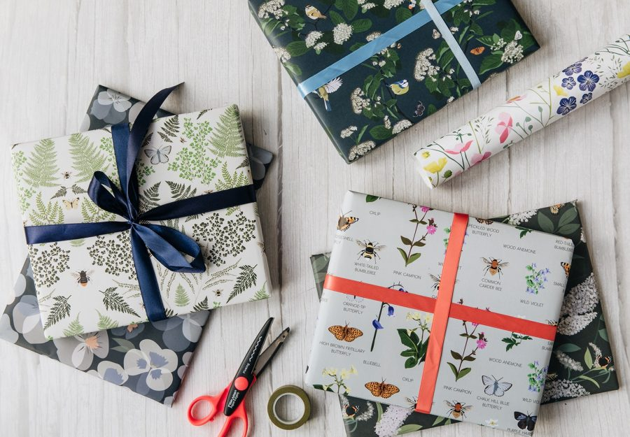 wrapping paper, luxury wrapping paper, gift wrap, plastic free, FSC Paper, enviromentally friendly, sustainable, birthday paper, birthday wrapping paper. gifts, RSPB, bird design oxfordshire wildlife wrap bees, butterflies, wildflowers, floral, birds, wrapping paper, luxury gift wrap