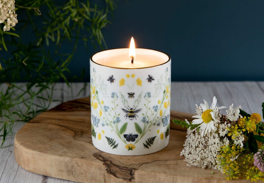 designer candle eco friendly soya Bee Handmade Candles Vegan Soy Wax Ceramic Scented Candle Gift Yellow Buttercup Blue Butterfly British Wildflowers Ferns
